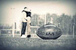 american-football-couple-love-girl-boy-white-and-black-photo-kiss-sweet-summer-sport-hap
